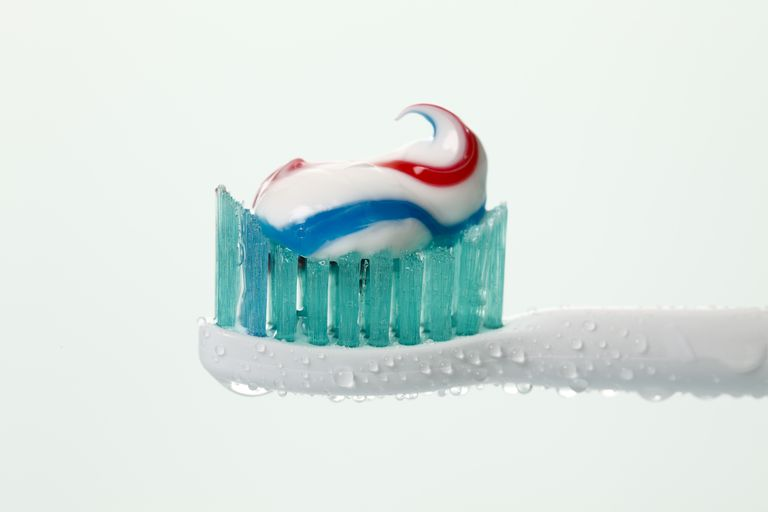 Toothpaste contains fluoride, but not free fluorine.