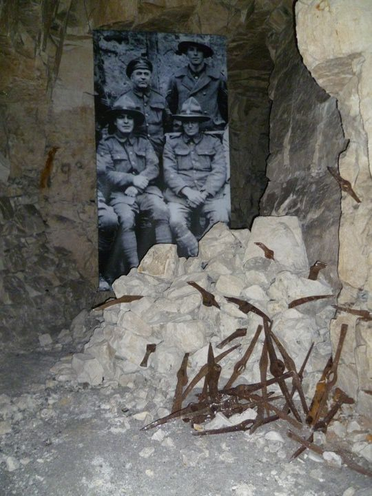 the world war i wellington quarry museum in arras. Black Bedroom Furniture Sets. Home Design Ideas