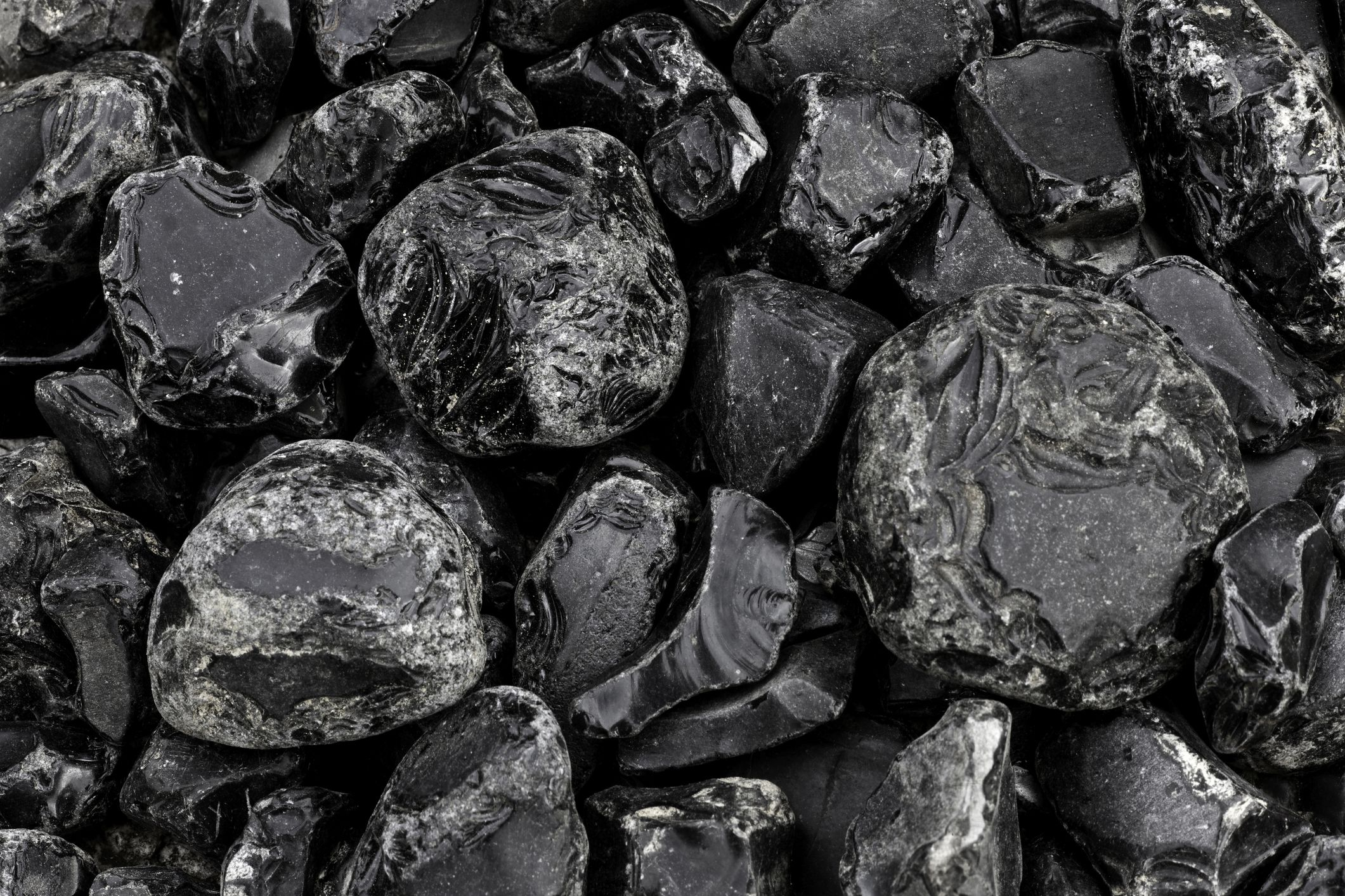 Black Obsidian Use In Healing And Feng Shui