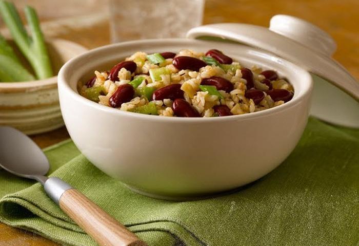 Vegetarian/vegan dirty rice and beans