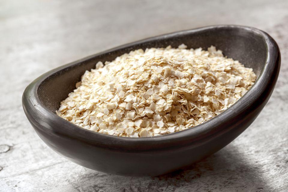Using quinoa flakes