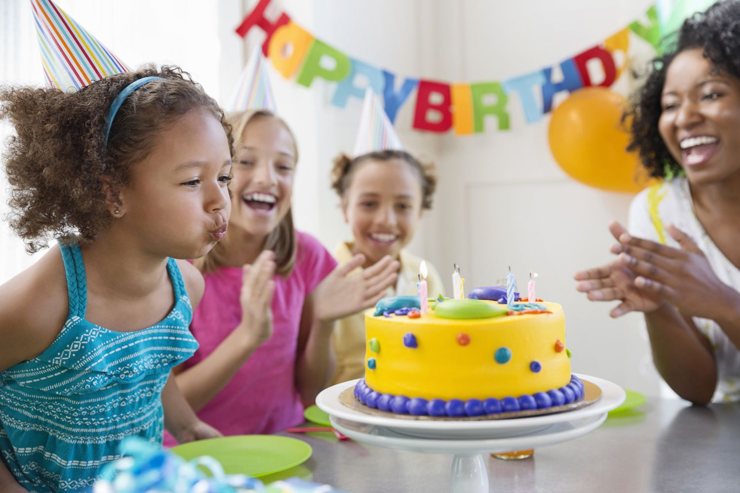 Kids Birthday Clubs Offer Fun Freebies And Discounts - Childrens birthday parties north york