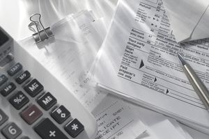 taxes, receipts and calculator