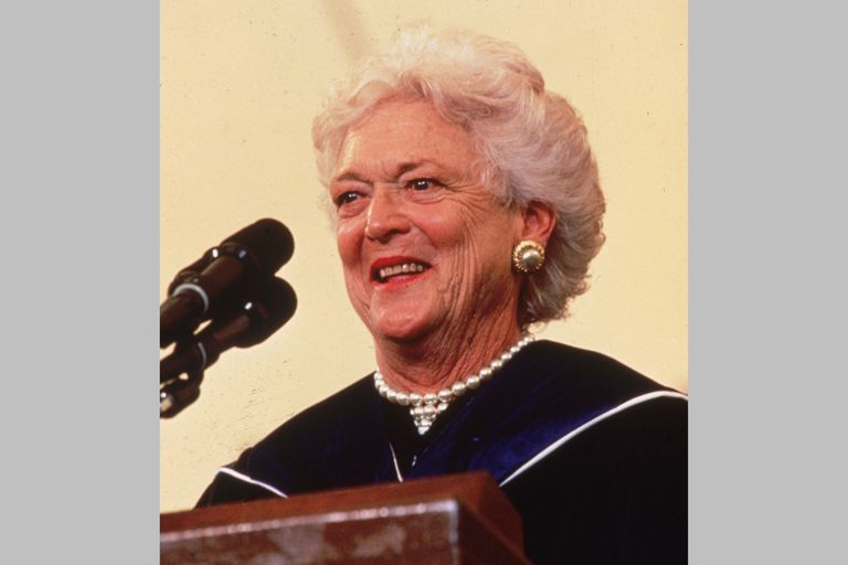 Barbara Bush speaks from the podium at Wellesley College Commencement, 1990