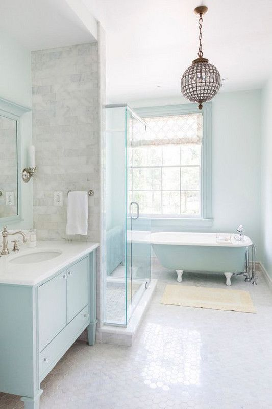 11 beautiful blue bathrooms for Blue bathroom ideas
