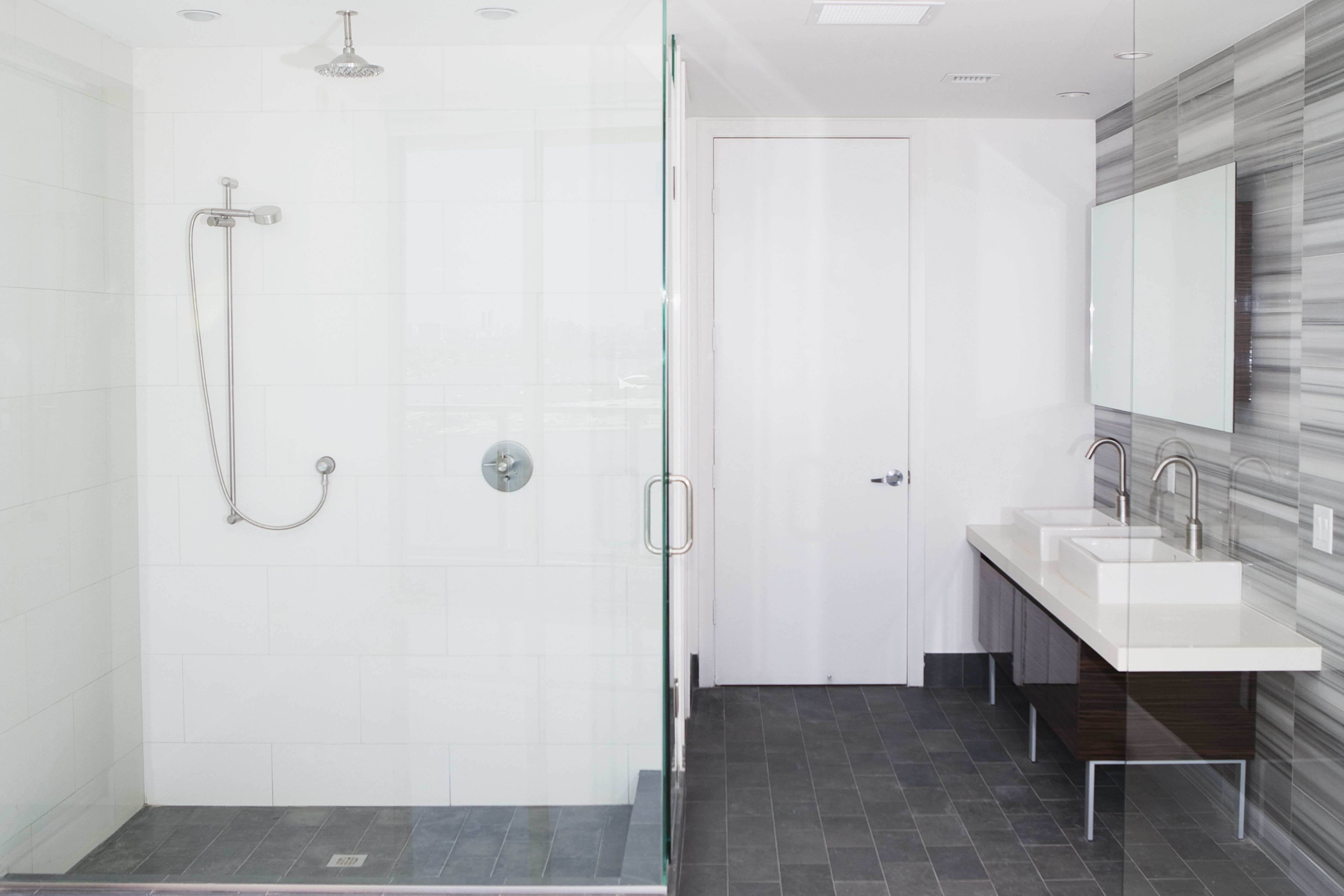 Before You Buy a Tub or Shower Surround