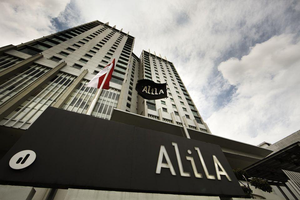 Facade of Alila Jakarta facing Jalan Pecenongan