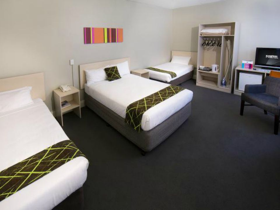 Ibis Hotels - Budget Hotel Chain Europe