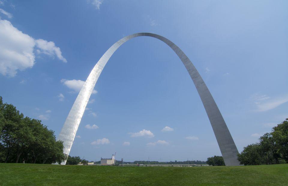 The Gateway Arch against cloudy sky, St Louis, Missouri, USA