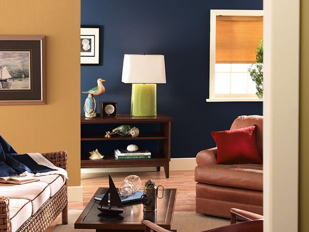 Paint treatments for family rooms Two tone paint schemes living room
