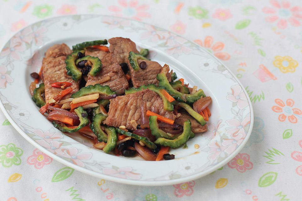 Bitter Melon and Pork Stir Fry With Black Bean Sauce