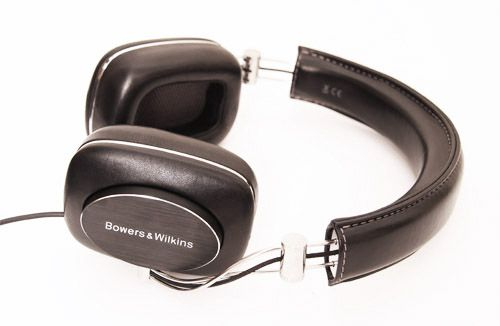 The Bowers & Wilkins P7 over-ear headphones in black, lying on it's side