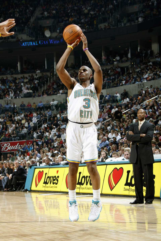Chris Paul of the Oklahoma City Hornets