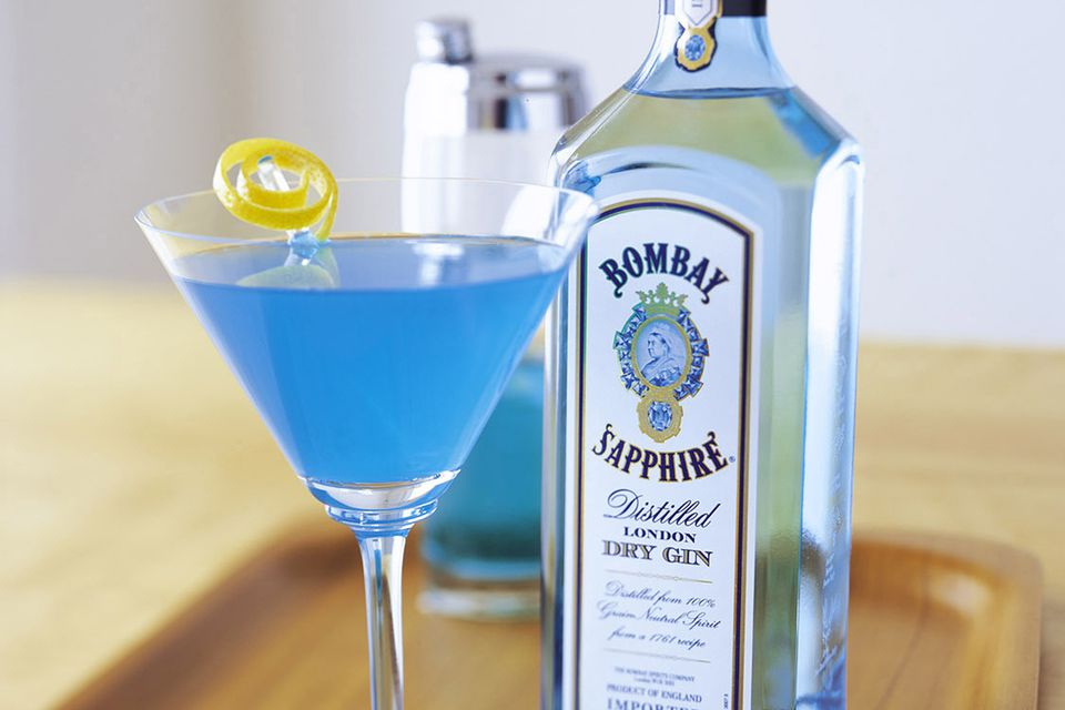 Sapphire alpine cocktail recipe with bombay sapphire for Orange and blue cocktails
