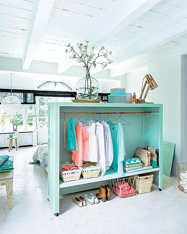 4 space making room dividers that double as storage for Room divider storage