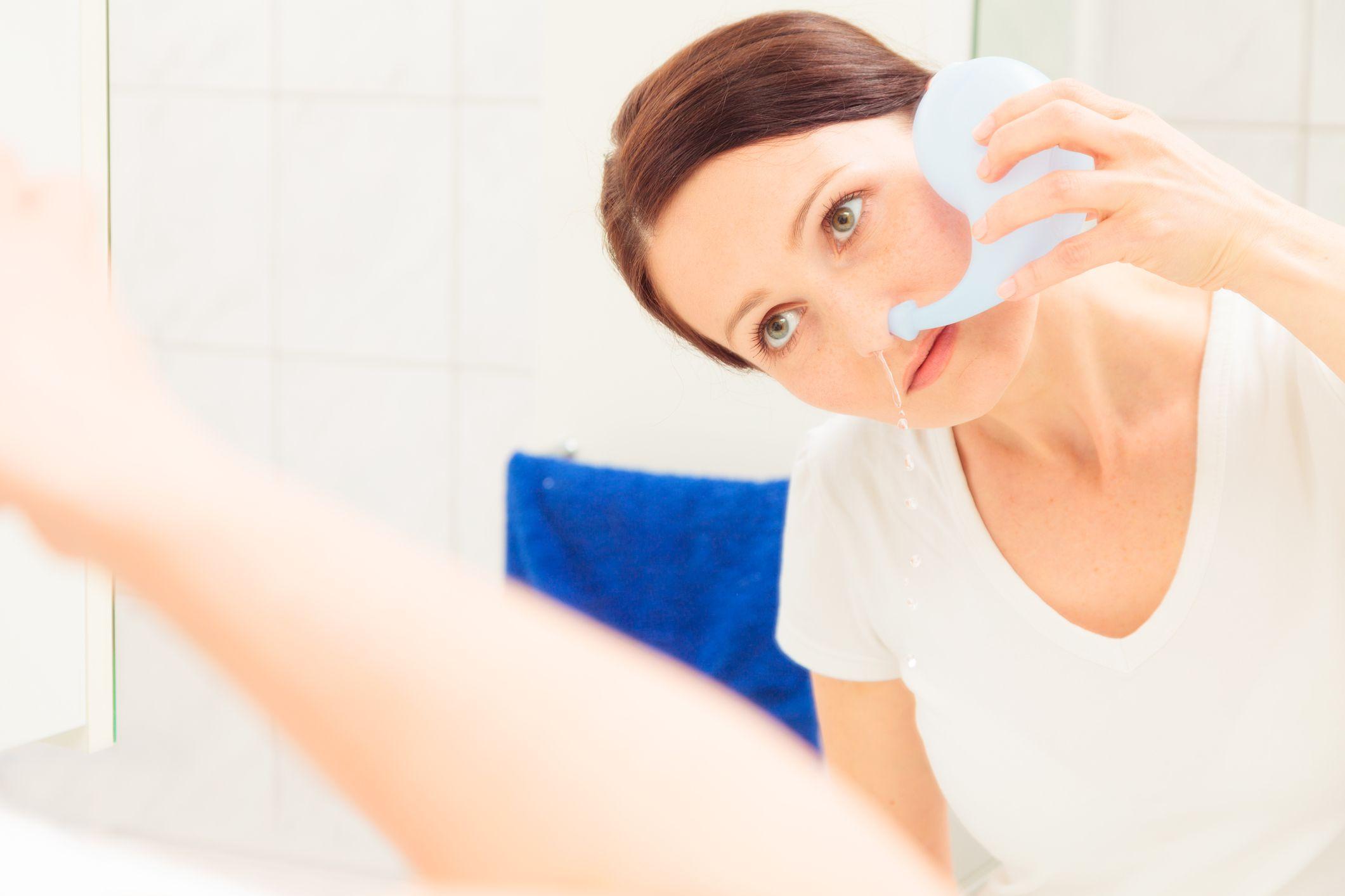 Приготовить солевой раствор для промывания носа в домашних условиях