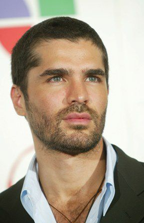 Photo Gallery of Famous Latino Men's Hairstyles
