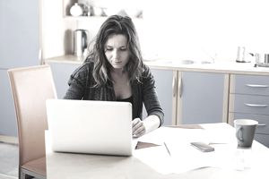 Search evaluation jobs from home