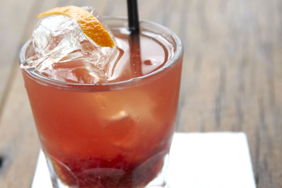 Godfather Cocktail - Easy Scotch Cocktail Recipe