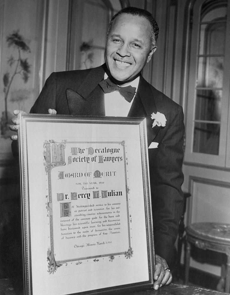 Pioneering Chemist Percy Julian Holding Award