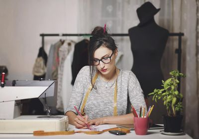 10 Skills You Need To Become A Successful Fashion Designer