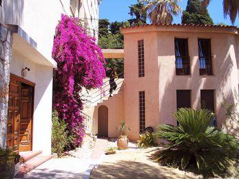 Hostelbookers Villa Saint Exupery Beach