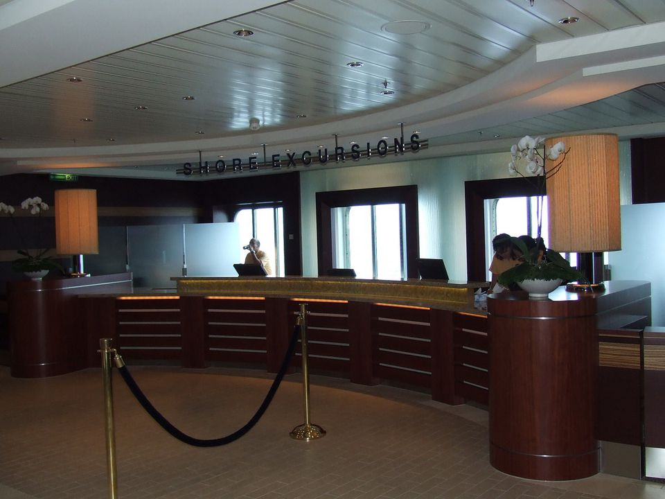 Celebrity Solstice Shore Excursions Desk