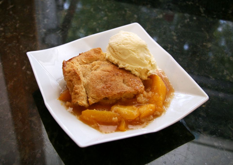 Old-Fashioned Peach Cobbler