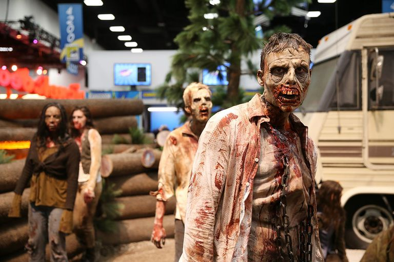 Zombies appearing at Comic-Con International 2016