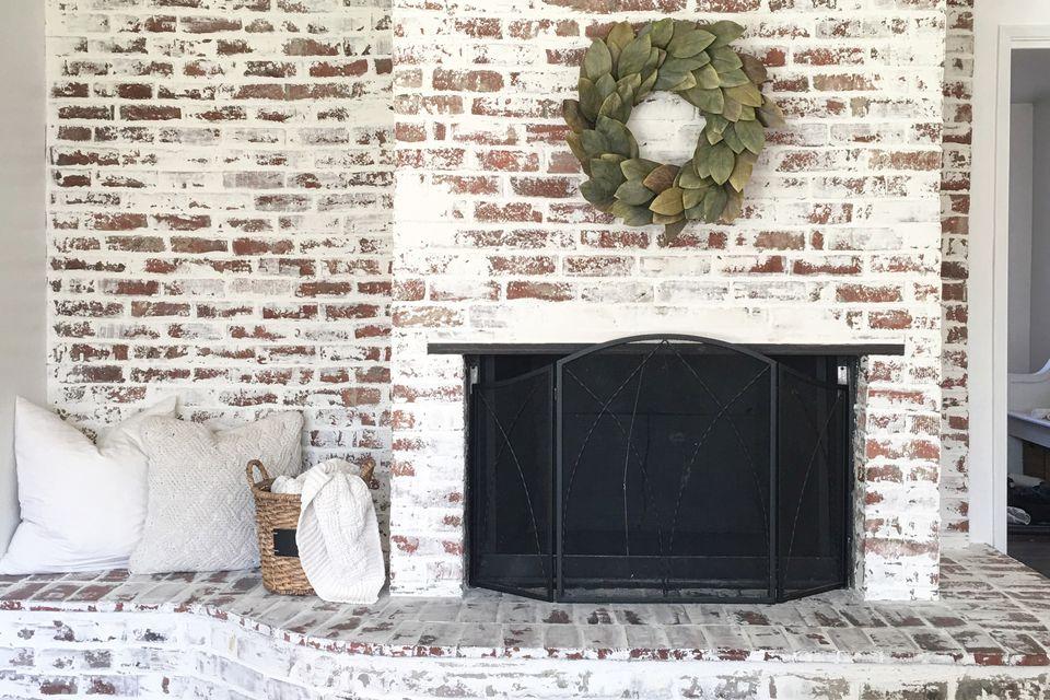 Fake Fireplace Apartment