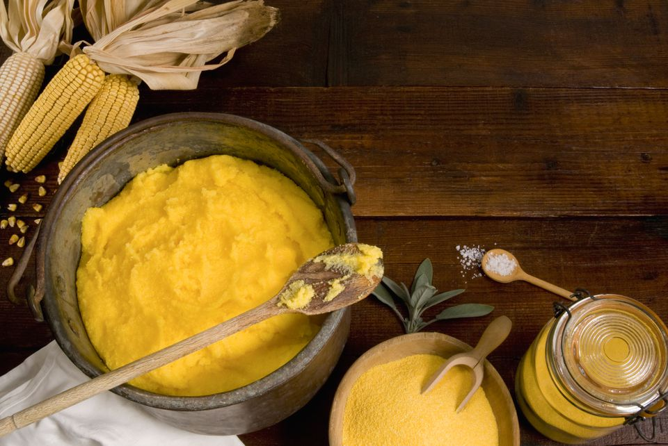 Polenta with corn flour and corn cobs