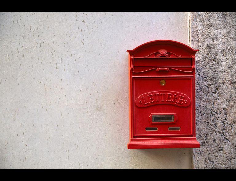C'è posta per te - A letter for you