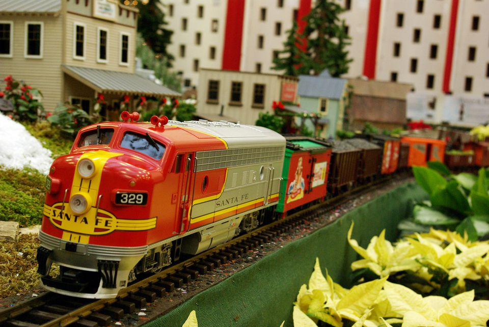 St louis holiday train show the gardenland express for St louis home and garden show 2017