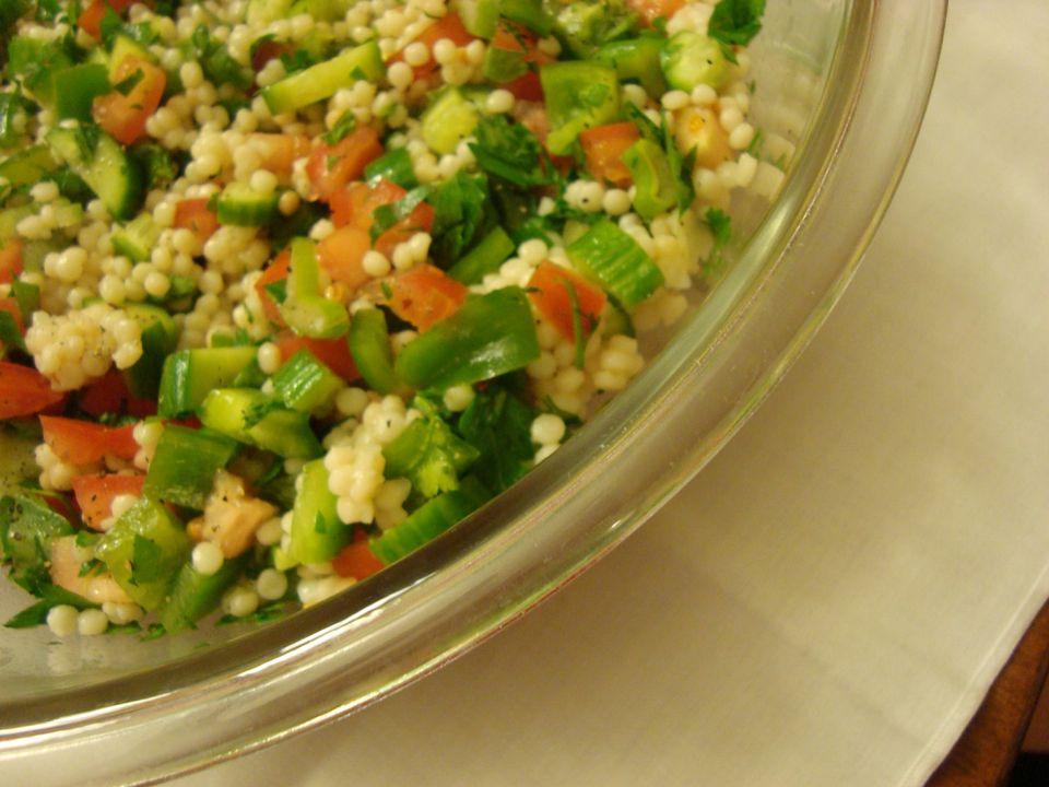 Vegetarian Israeli salad with pearl couscous