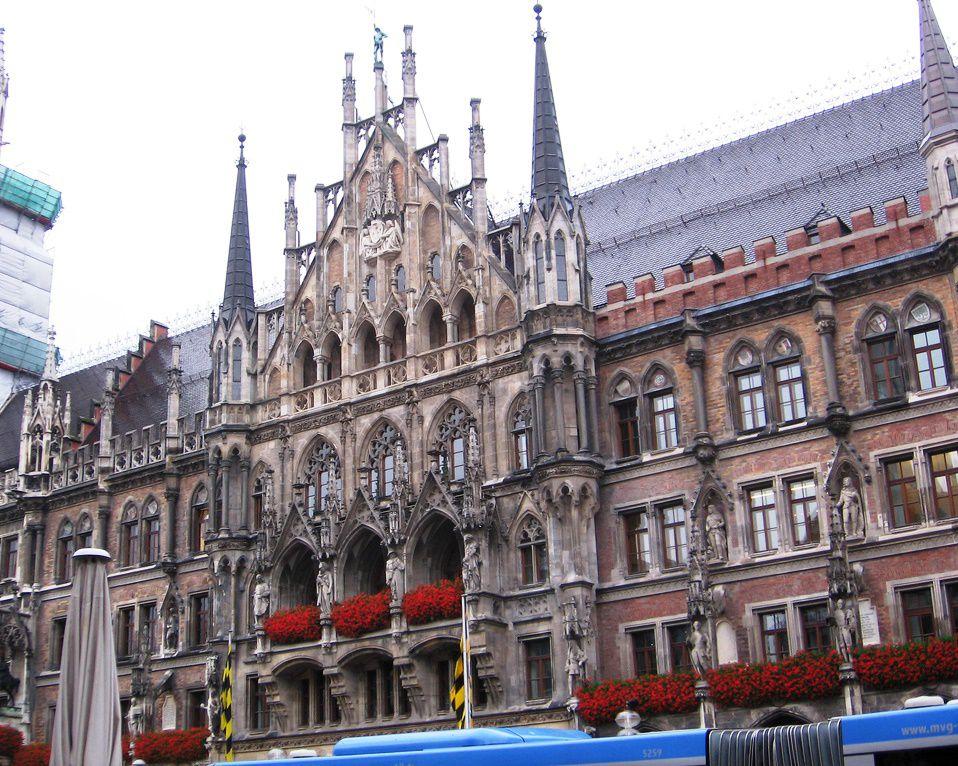 Munich City Hall.jpg
