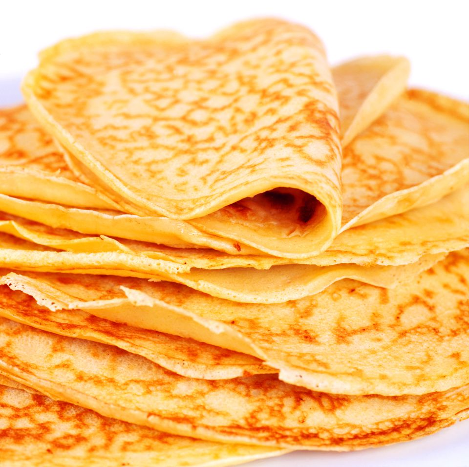 A stack of crespelle