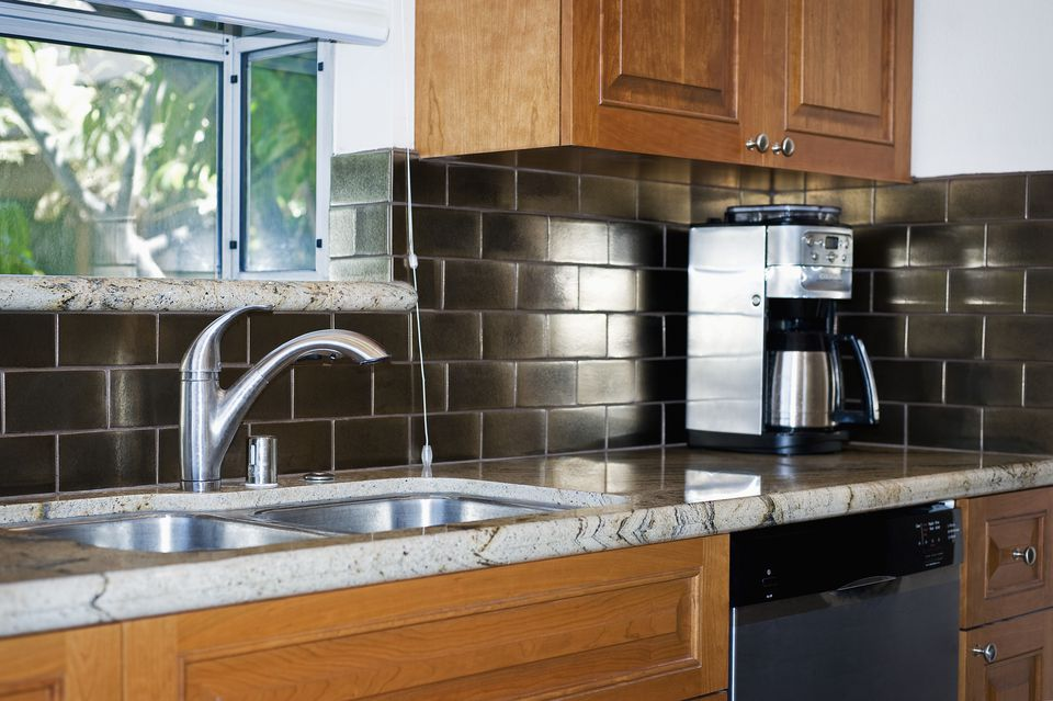 Metallic Backsplash in Modern Kitchen