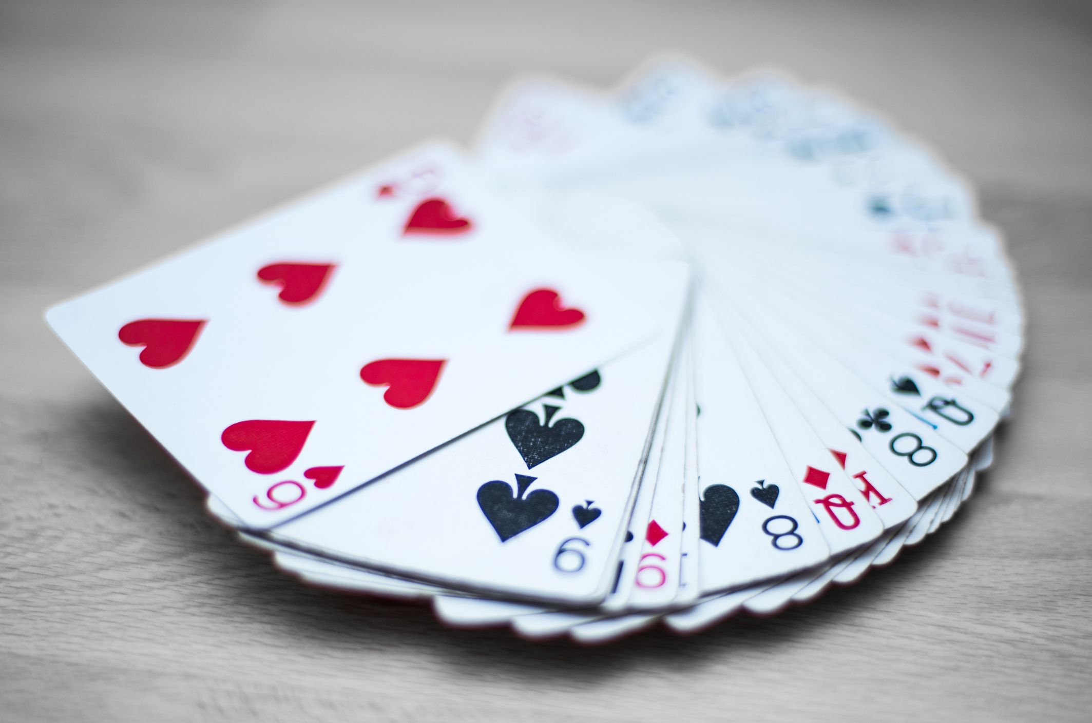 Easy magic tricks the best of the predictions an easy card trick that will dazzle your friends magicingreecefo Choice Image