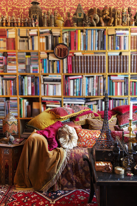 Oriental style room decor