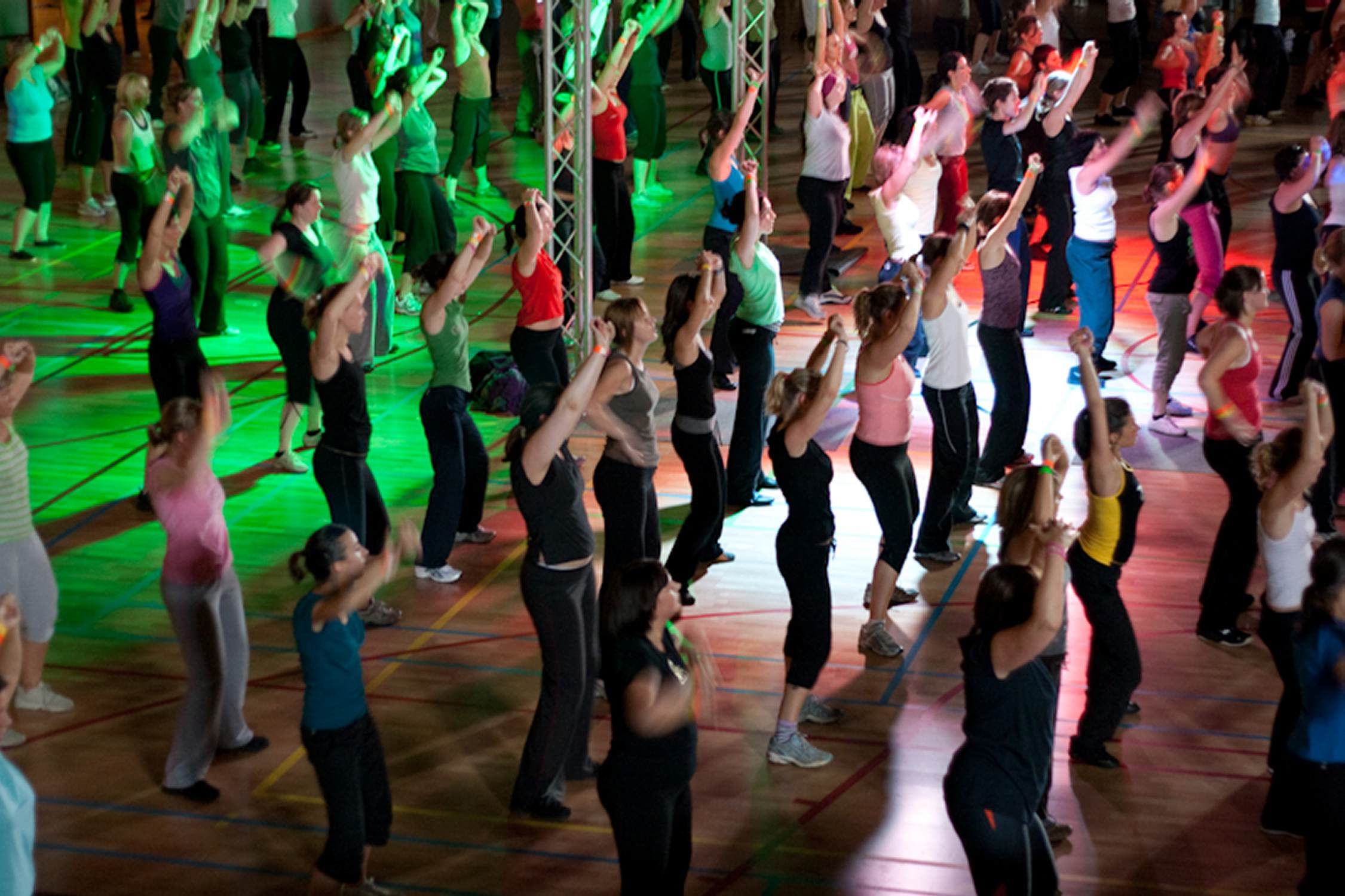 Everything you need to know about zumba classes for Living room zumba