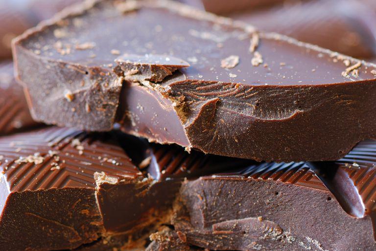 beneficios del chocolate negro para el corazon