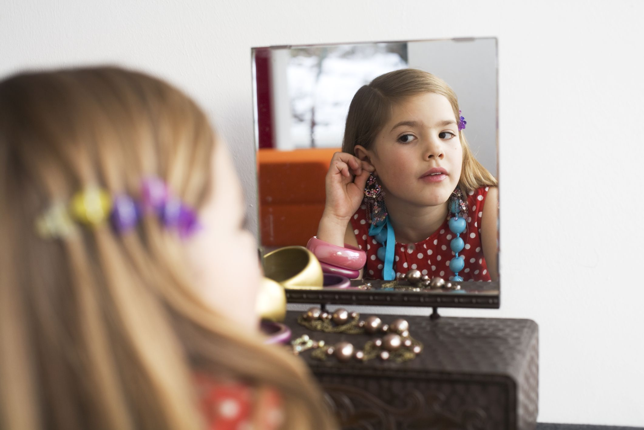 puberty and the issues of peer pressure among tweens Natural weight gain and other changes caused by puberty peer pressure to look a and body dissatisfaction among young adolescent girls having body image issues.