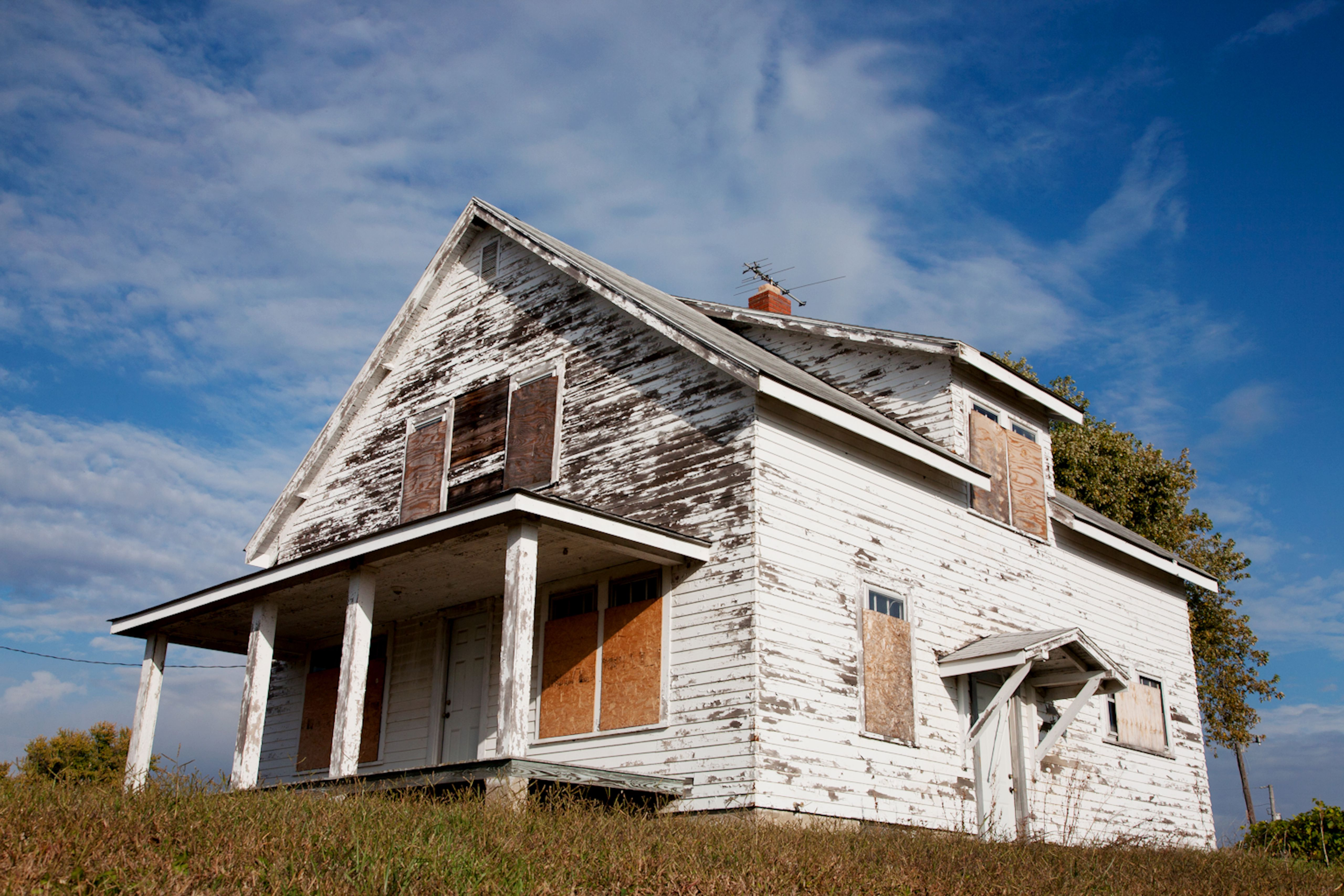 7 Steps To Fix Peeling House Paint