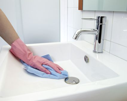 how to get hard water stains out of toilet