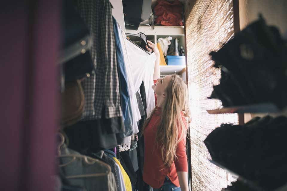 Closet makeover in 8 steps