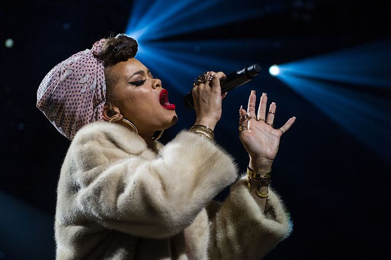 LONDON, ENGLAND - SEPTEMBER 19: Andra Day performs at The Apple Music Festival at the Roundhouse on September 19, 2015 in London, England. (Photo by Brian Rasic/WireImage)