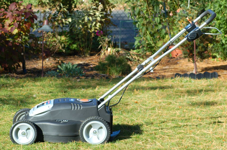 This Remington mower (image) runs on a battery. Stihl has come out with a better product.