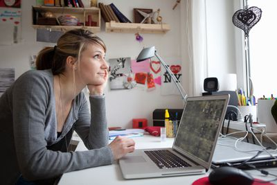 6 tips to adjusting to working at home
