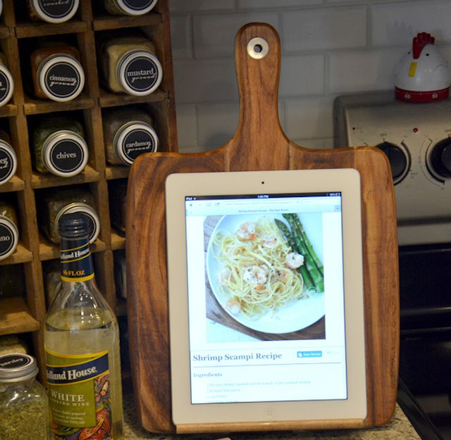 diy ipad holder for cooking