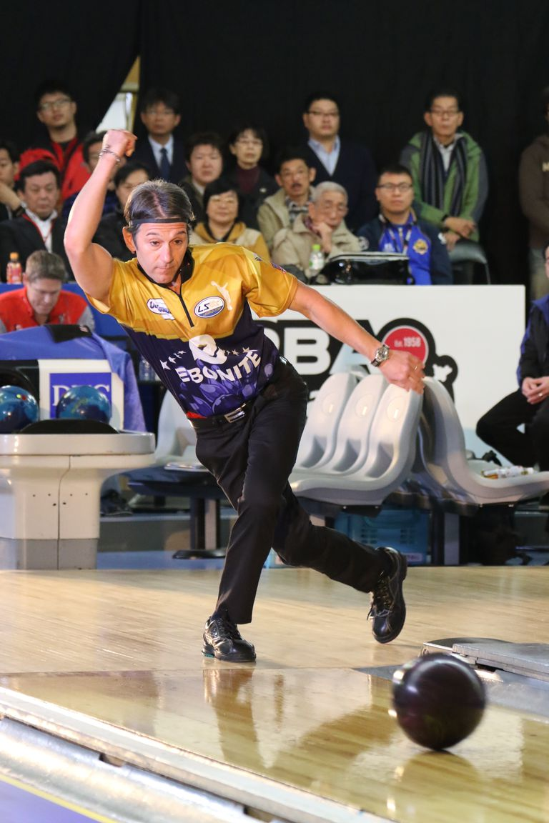 Amleto Monacelli bowls at the DHC PBA Japan Invitational.